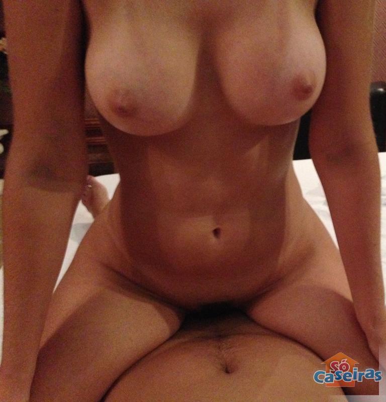 procuro namorada mulher se masturbando