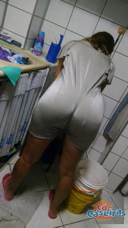 mulheres de fio dental putinhas